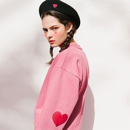 Heart Patch Sweat Shirt (Pink)