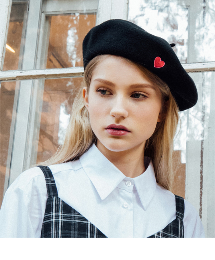 Heart Point beret (Black)