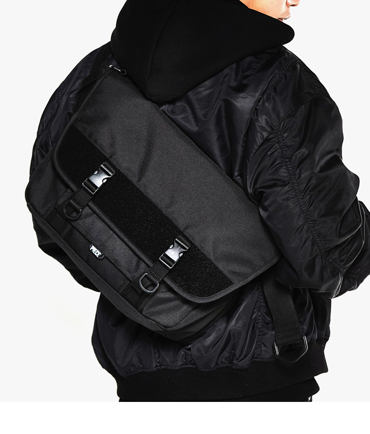 TECHNICAL MESSENGER (ALL BLACK)