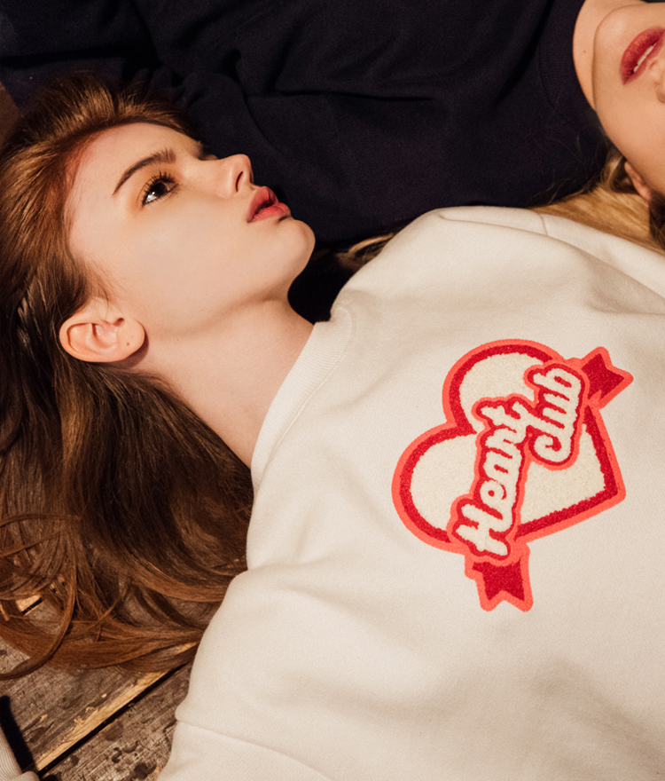 Heart Boucle Sweat Shirt  (Off white)