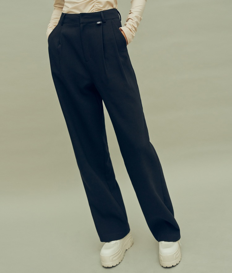 HIDE Raising Pintuck Pants (Black)