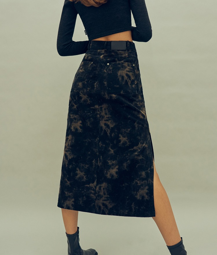 HIDE Slit Long Skirt (Black)