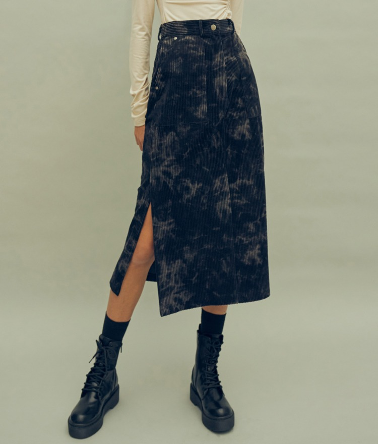 HIDE Slit Long Skirt (Navy)