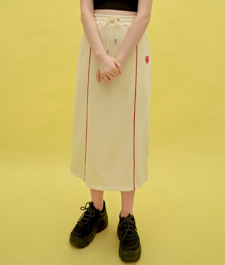 Heart Piping Long Skirt (Ivory)