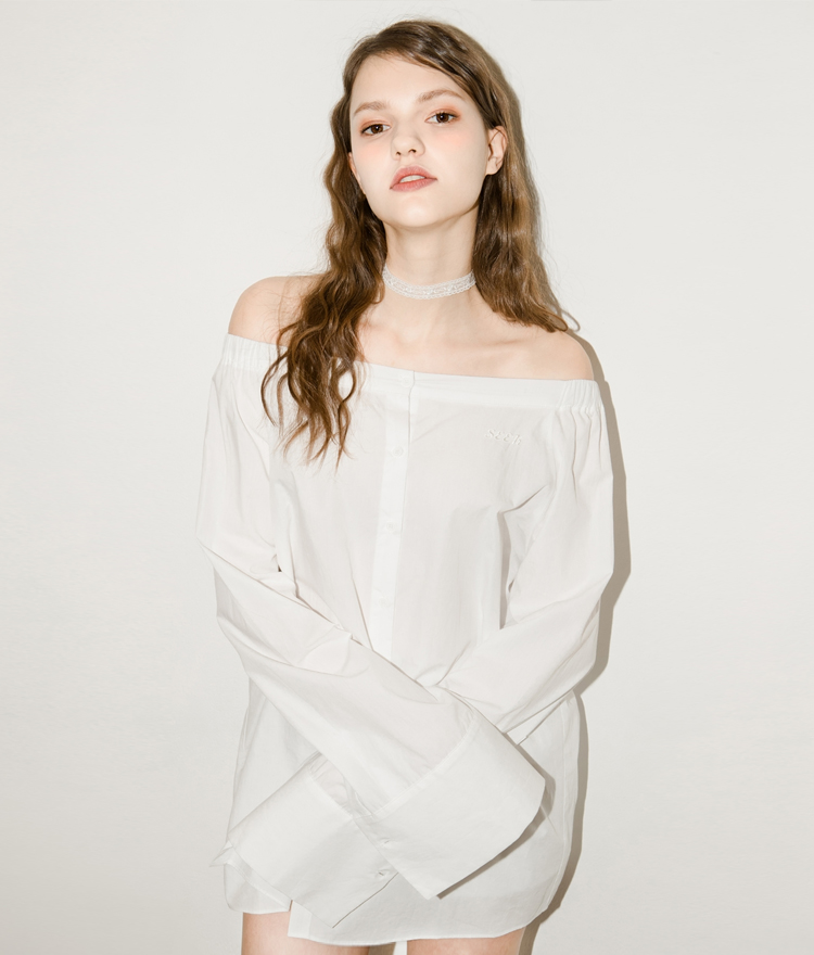 SEEK Off Shoulder Simple Shirt